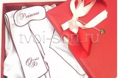 Подарочный набор. Халат из белого тенселя с декором