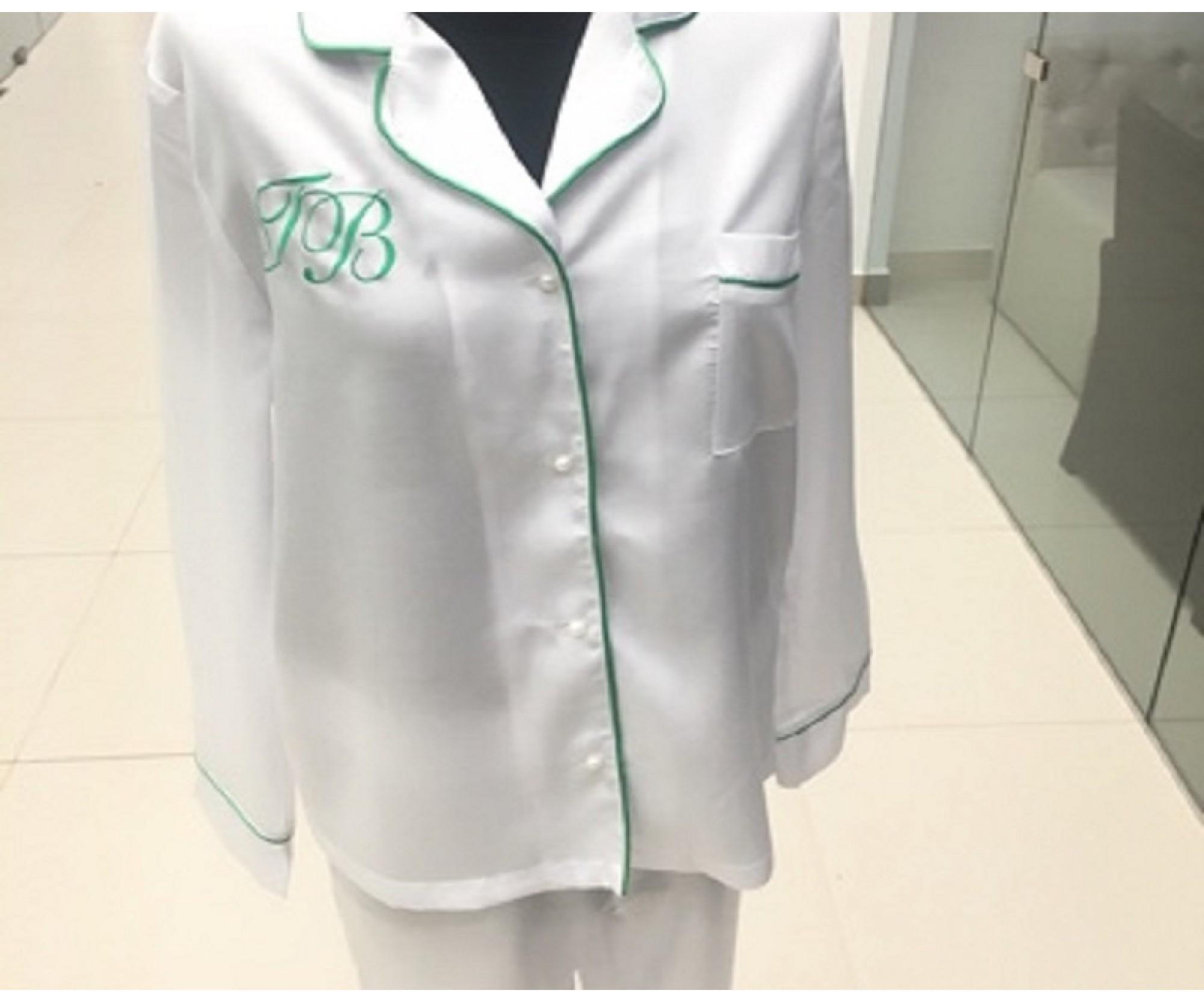 Пижама с зеленым кантом